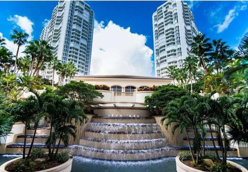 Atlantic II At The Point Aventura