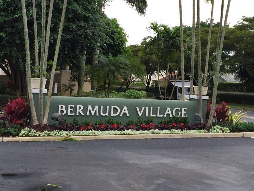 Bermuda Square Boca Raton
