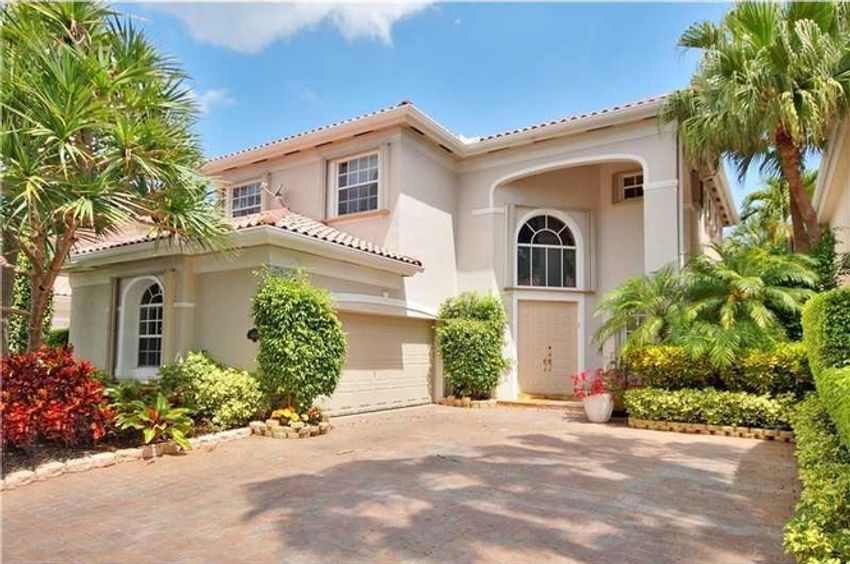 Golden Gate Estates Sunny Isles Beach