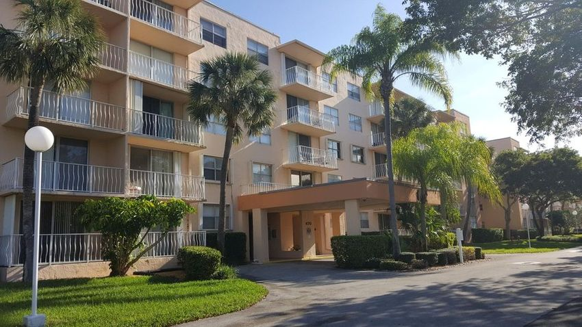 Executive Center Drive West Palm Beach