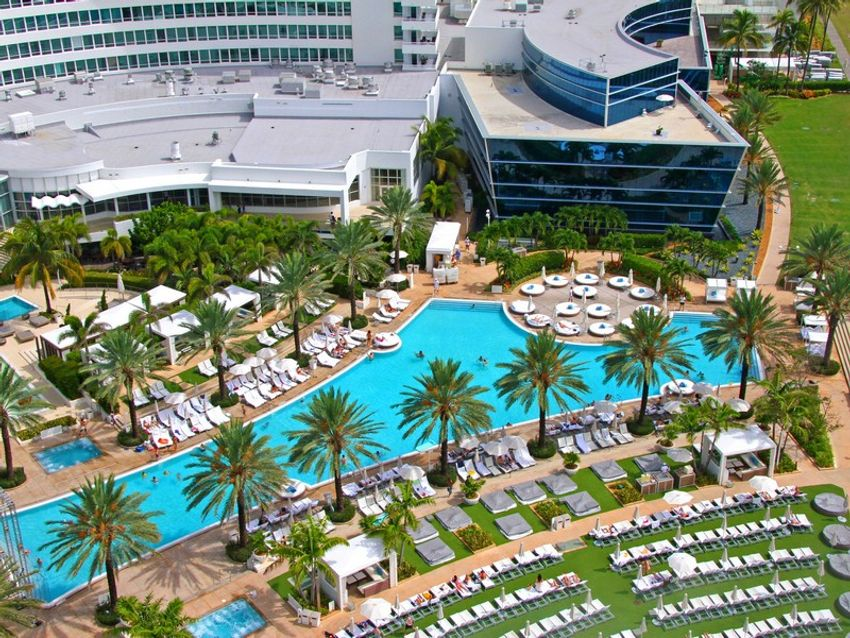 Fontainebleau III Sorrento Miami Beach