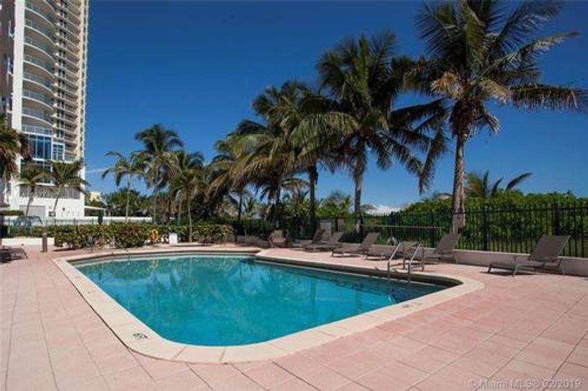 Florida Ocean Club Sunny Isles Beach