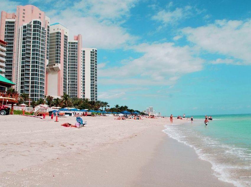 Ocean One Sunny Isles Beach