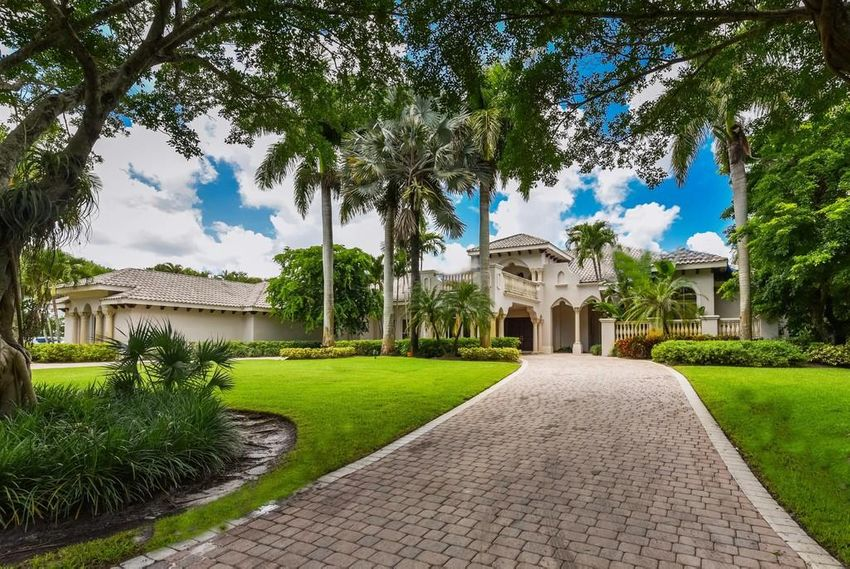 Long Lake Estates Boca Raton