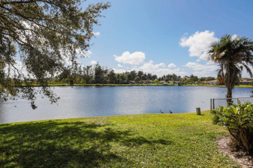 Lake Mango Shores West Palm Beach