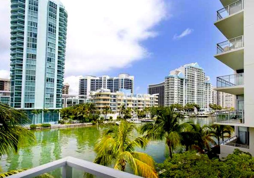 Spear At Aqua Miami Beach