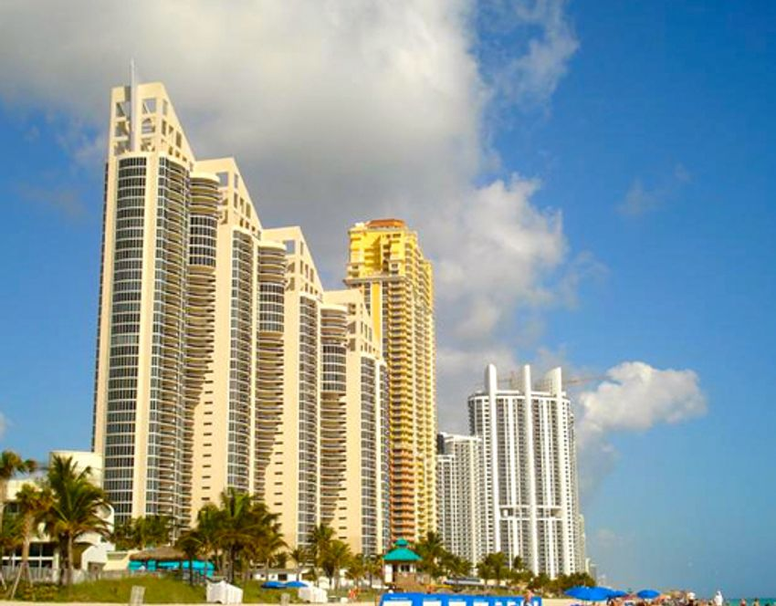 Pinnacle Sunny Isles Beach