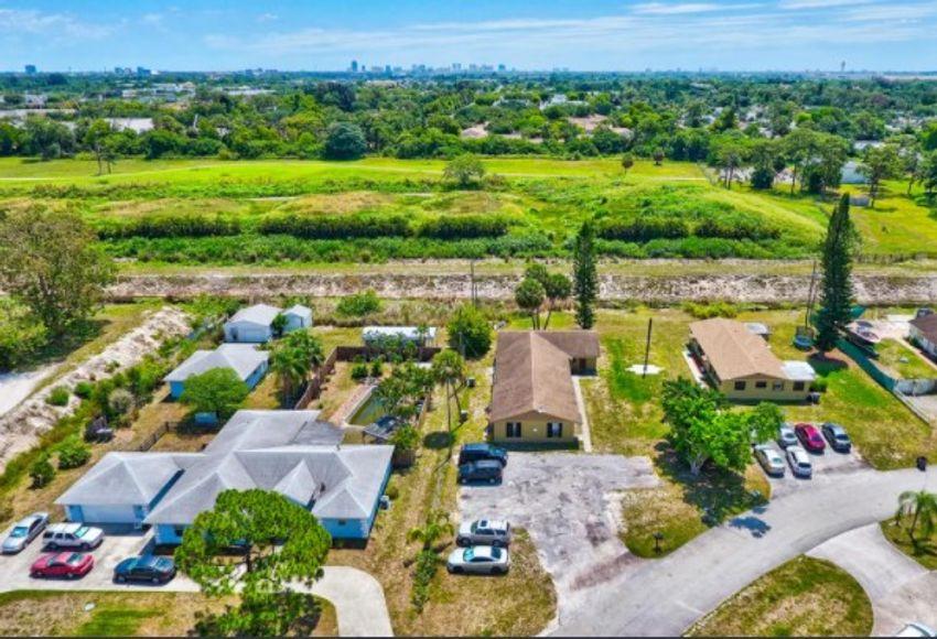Plantation Village West Palm Beach