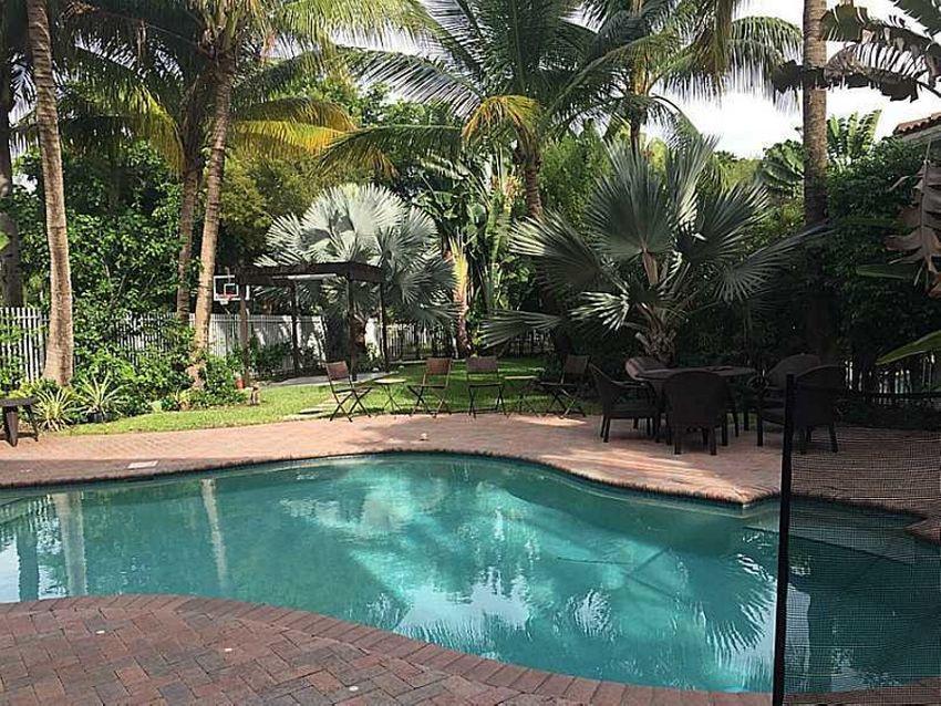 Presidential Estates North Miami Beach