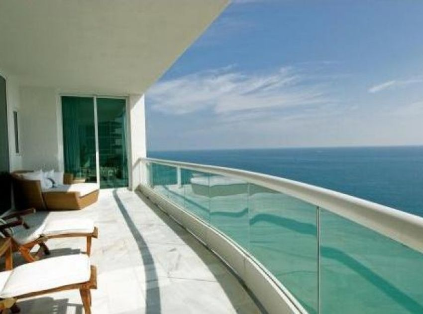 Turnberry Ocean Colony Sunny Isles Beach
